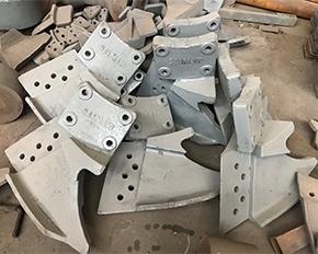 雷蒙磨粉机铲刀筒